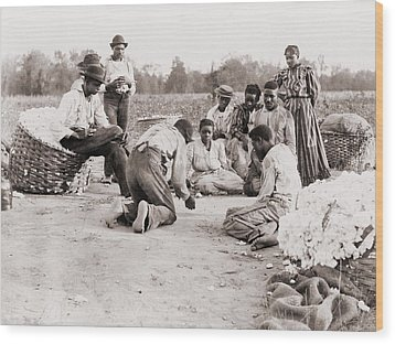 African Americans Enjoying Some Rest Wood Print by Everett
