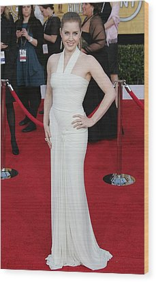 Amy Adams Wearing A Herve Leroux Gown Wood Print by Everett