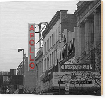 Apollo Theater In Harlem New York No.1 Wood Print by Ms Judi