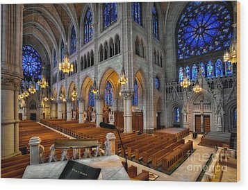 Basilica Of The Sacred Heart Wood Print by Susan Candelario