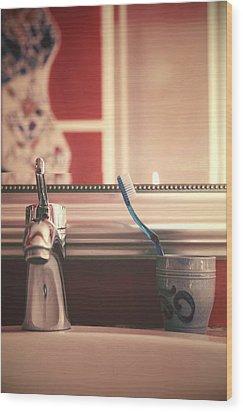 Bathroom Wood Print by Joana Kruse