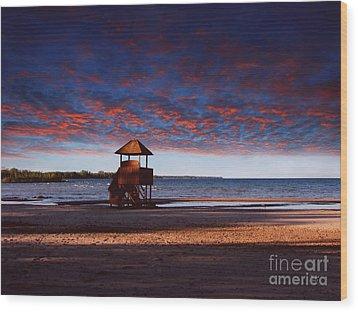 Beach Sunset Wood Print by Ms Judi