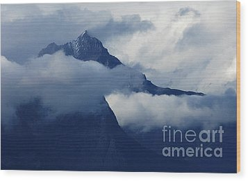 Blue Canadian Rockies Wood Print by Bob Christopher