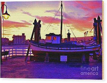 Boat On Santa Cruz Wharf Wood Print by Garnett  Jaeger