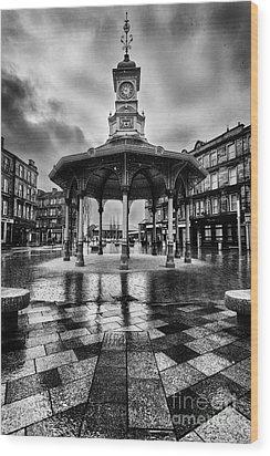 Bridgeton Cross Bandstand Glasgow Wood Print by John Farnan