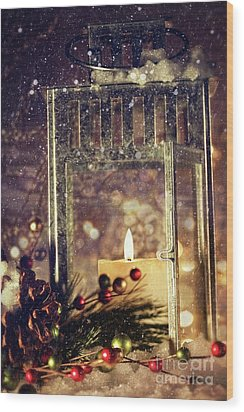Brightly Lit Lantern In The Snow Wood Print by Sandra Cunningham