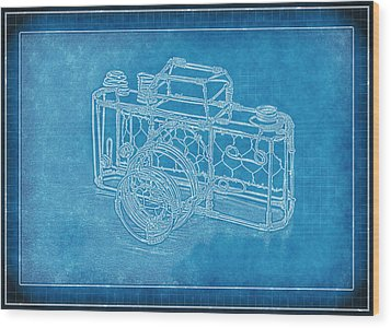 Camera 1b Wood Print by Mauro Celotti