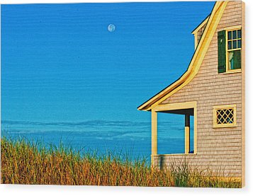 Cape Cod Bay House Wood Print by Linda Pulvermacher