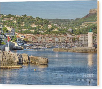 Cassis - Harbour And Lighthouse 2 Wood Print by Rod Jones