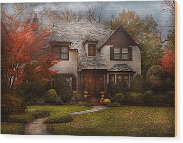 Cottage - Westfield Nj - The Country Life Wood Print by Mike Savad
