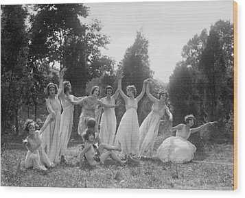 Dancers Of The National American Ballet Wood Print by Everett