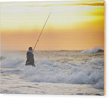 Dawn Fishing Wood Print by Vicki Jauron