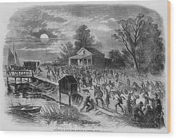 Enslaved African-americans Running Wood Print by Everett