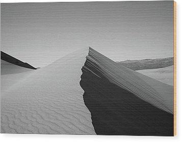 Eureka Dunes, Death Valley National Park Wood Print by Gary Koutsoubis