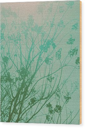 Fading Light Wood Print by Bethany Fulford