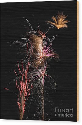 Fireworks Wood Print by Cindy Singleton