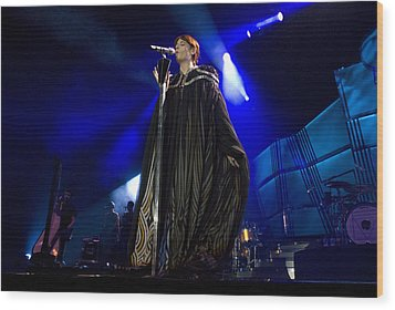 Florence And The Machine Wood Print by Jenny Potter