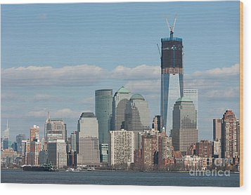 Freedom Tower And Manhattan Skyline II Wood Print by Clarence Holmes