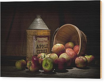 Fresh From The Orchard II Wood Print by Tom Mc Nemar