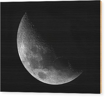 Gibbeous Moon Wood Print by Charles Warren