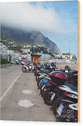 Good Morning Capri Wood Print by Joyce Hutchinson