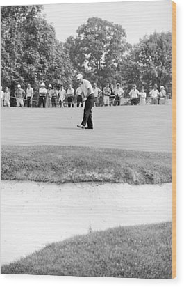 Jack Nicklaus Drops Putt At 1964 Us Open At Congressional Country Club Wood Print by Jan W Faul