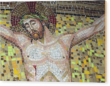 Jesus On The Cross Mosaic Wood Print by Munir Alawi