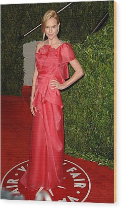 Kate Bosworth Wearing A Valentino Gown Wood Print by Everett
