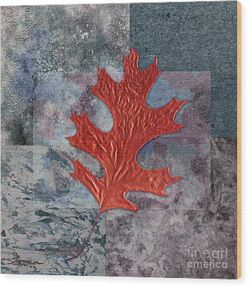 Leaf Life 01 - T01b Wood Print by Variance Collections