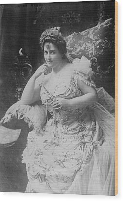 Lillian Russell 1861-1922, The Plump Wood Print by Everett