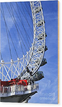 London Eye Wood Print by Elena Elisseeva