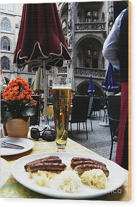 Lunch Time In Munich Germany Wood Print by Tanya  Searcy