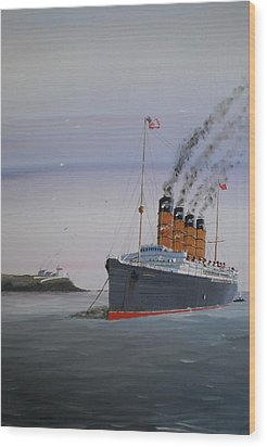 Lusitania At Roches Point Wood Print by James McGuinness
