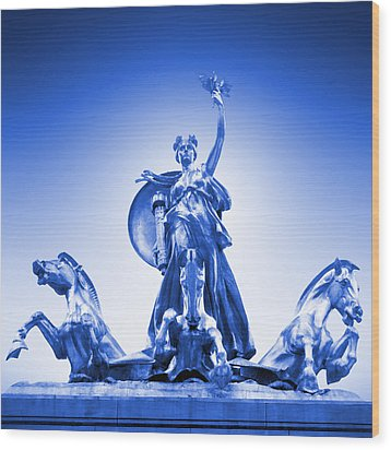 Maine Monument  In Blue Wood Print by Mike McGlothlen