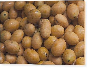 Market Mangoes II Wood Print by Zoe Ferrie