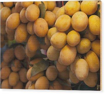 Market Mangoes Wood Print by Zoe Ferrie