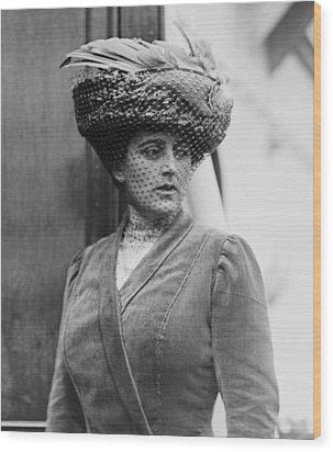 Maxine Elliott 1868-1940 Was One Wood Print by Everett