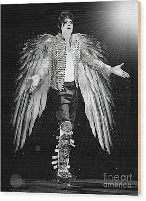 Michael King Of Angels Wood Print by Karine Percheron-Daniels