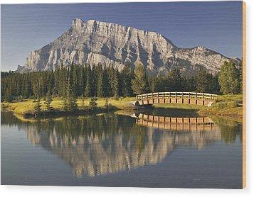 Mount Rundle And Cascade Ponds, Banff Wood Print by Darwin Wiggett