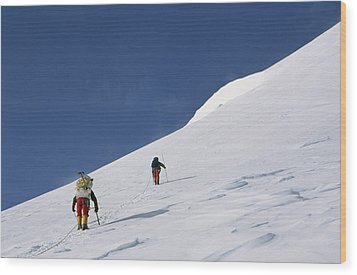 Mountain Climbers Use Safety Ropes Wood Print by Gordon Wiltsie