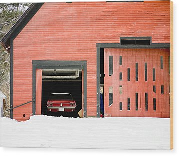 Mustang Car Barn Wood Print by Edward Fielding