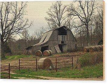 Oak Barn Wood Print by Marty Koch