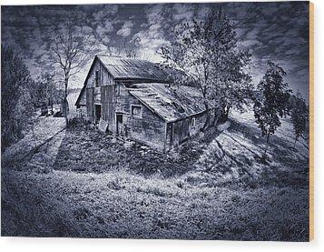 Old Barn Wood Print by Donald Schwartz