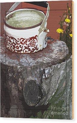Old Kettle Wood Print by Deborah Johnson