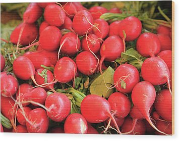 Organic Radishes Wood Print by Wendy Connett