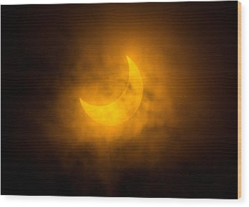 Partial Solar Eclipse Through Fog Wood Print by Greg Nyquist