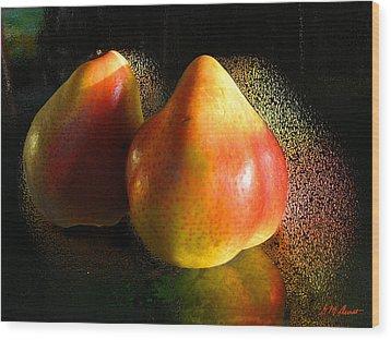 Pear Aura Wood Print by Michael Durst