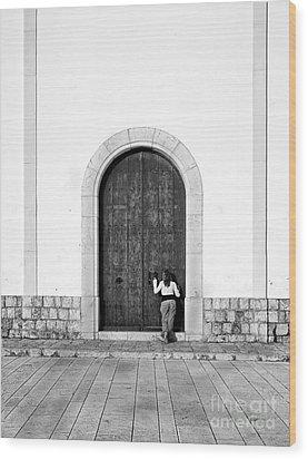 Peeping Girl Wood Print by Trevor Sollars