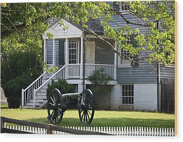 Peers House And Cannon Appomattox Court House Virginia Wood Print by Teresa Mucha
