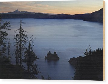Phantom Ship Sunrise At Crater Lake Wood Print by Pierre Leclerc Photography